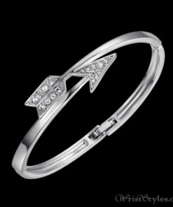 Arrow White Gold Bangle UM870563BA 1