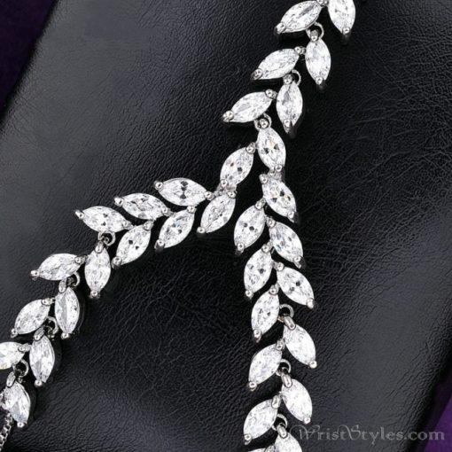Leaf Chain Palm Cuff NA602689PA 4