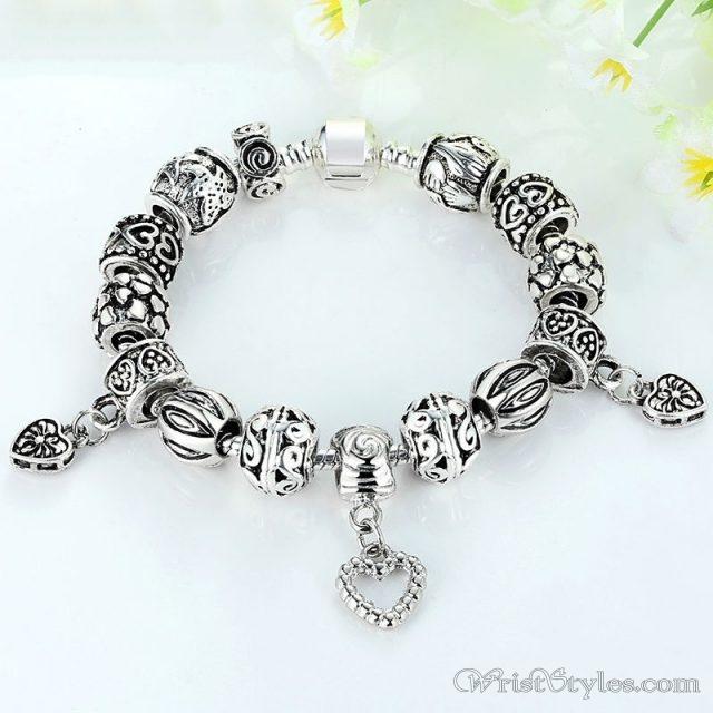 Heart pendant charm bracelet ba893382cb wrist styles heart pendant charm bracelet ba893382cb aloadofball Gallery