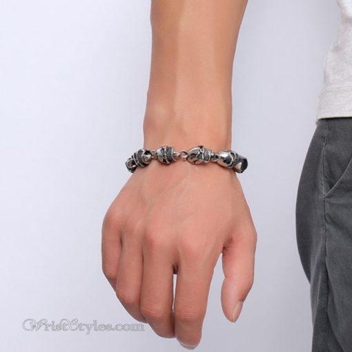 Stainless Steel Skulls Link Bracelet VN740160CB 1